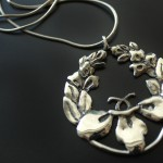 PassionFLower-white-metal